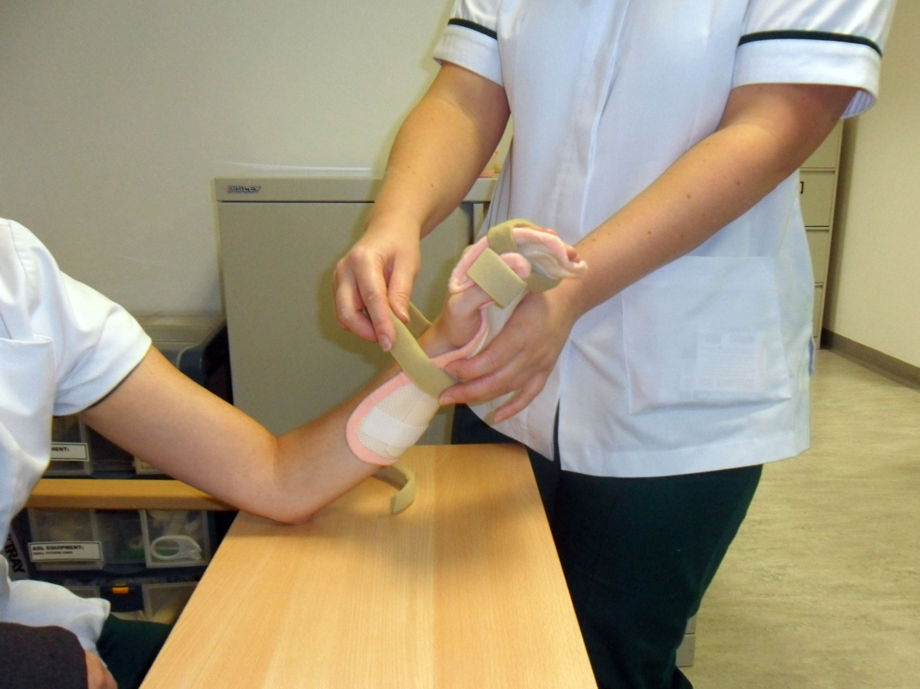 Wrist splint.JPG
